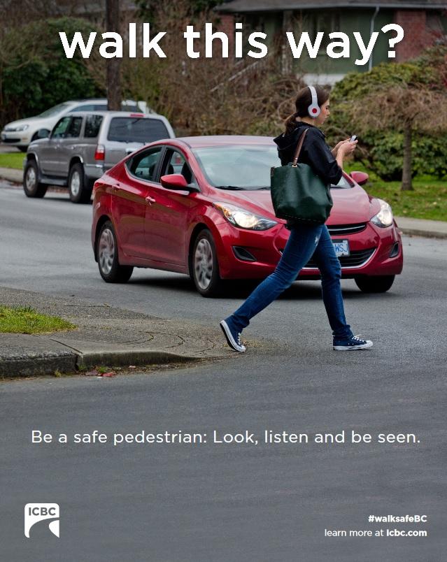 texting walking children safety